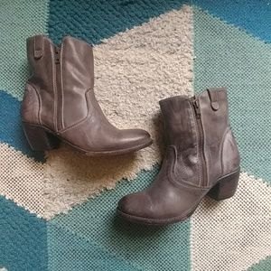 Freebird South ankle boots